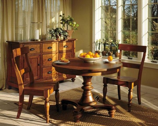 Мебель в доме из массива дерева