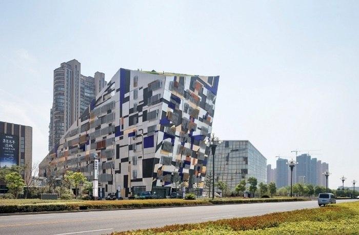 Фактурный фасад в Китае